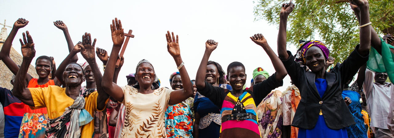 South Sudanese church members (Photo: Tom Price/Tearfund)